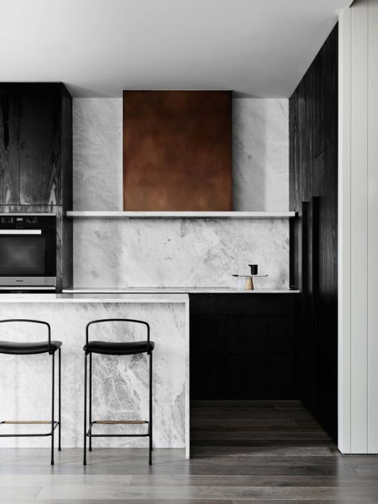 decorating-with-black-kitchen