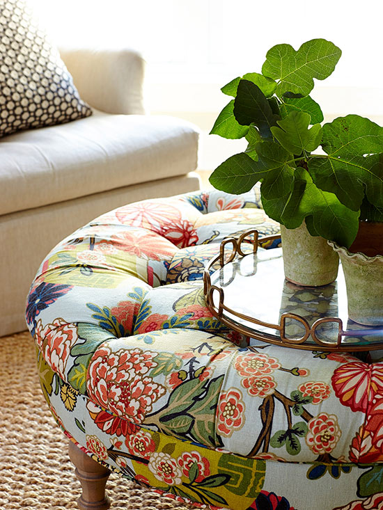 upholstered-round-ottoman