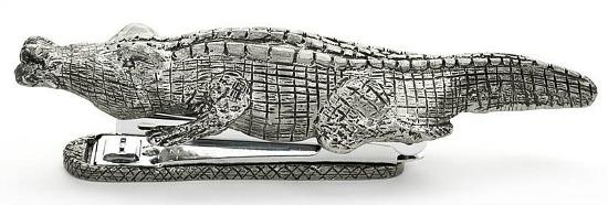 alligator-stapler