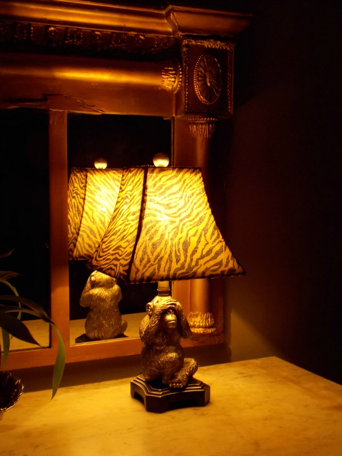 see-no-evil-lamp