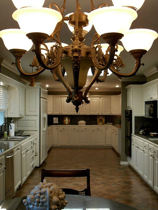 kitchen-full-view