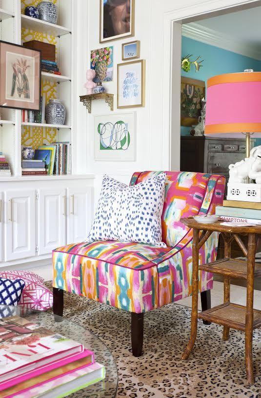 bold-living-room