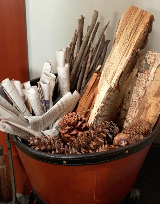 fire-starters-wood-pine-cones-newspaper-sticks
