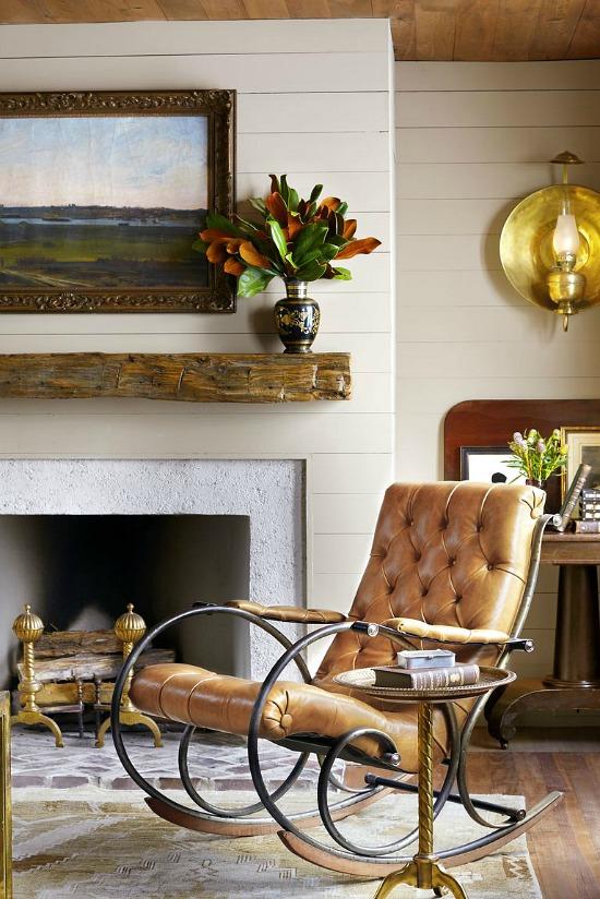 fireplace-mantel-magnolias-Trevor-Tondro