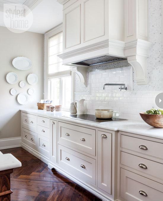 white-kitchen-colors