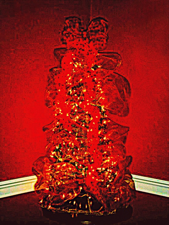holiday-grapevine-christmas-tree