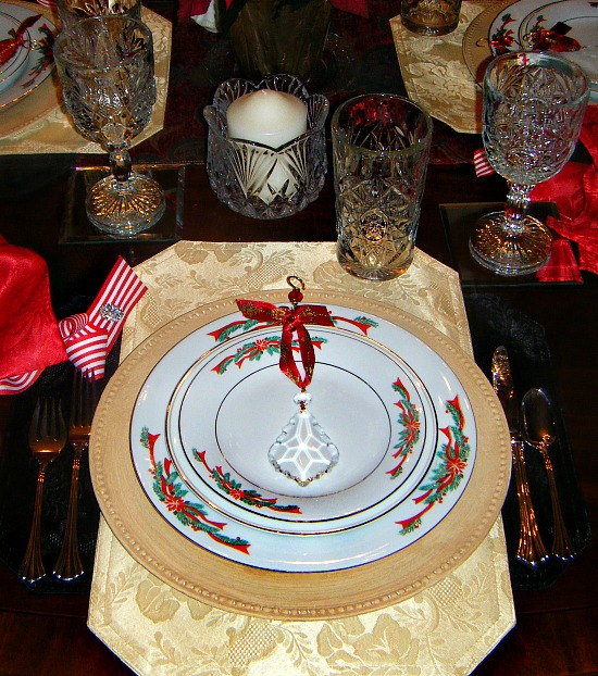 holiday-place-setting