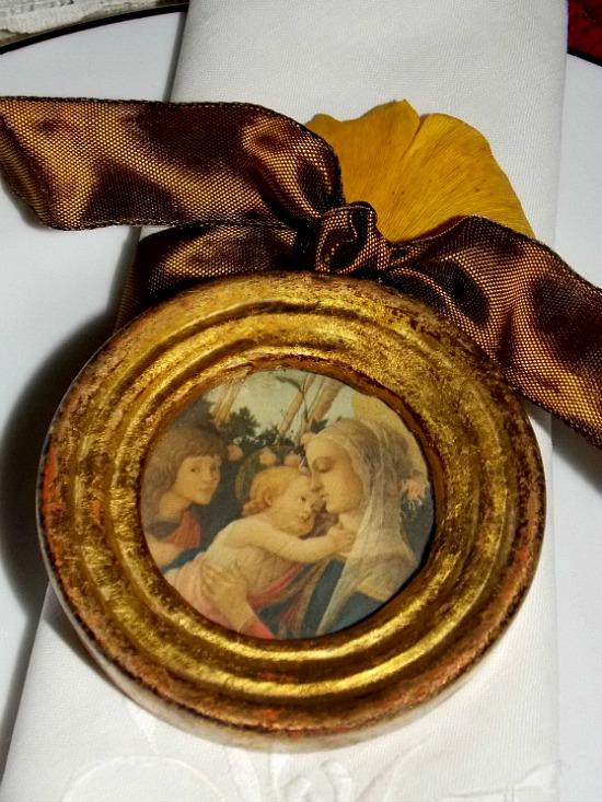 napkin-ring-framed-oval-print