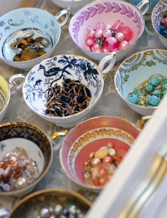 tea-cups-storage