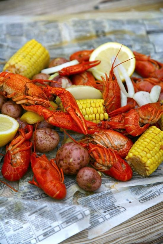 crawfish boil potatoes corn onions