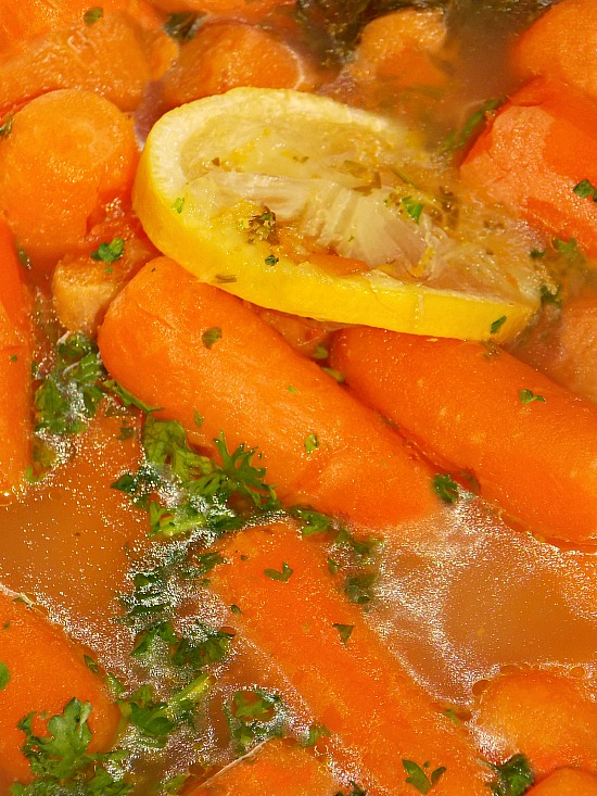 orange-carrots-parsley