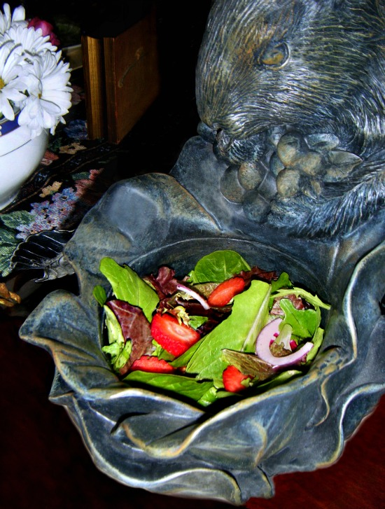Easter-mixed-greens-salad