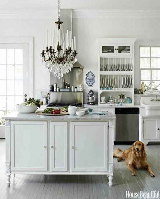 House-Beautiful-white-kitchen-island-e1463622582651
