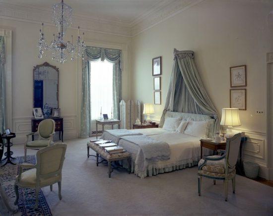 Jackie-Kennedys-Bedroom