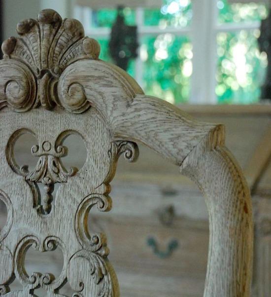 oxidized-oak-chair