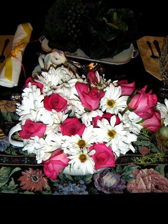 roses-white-daisies