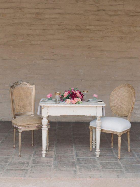 peach-pink-burgundy-wedding-inspiration-kelly-oshiro-elizabeth-messina