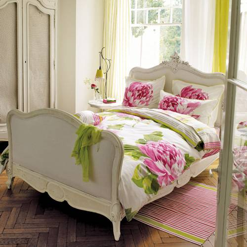 The Classic Color Combination Of Pink And Green