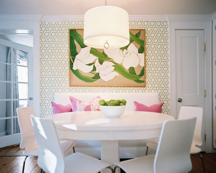 The classic color combination of pink and green places - Combination of green and pink ...