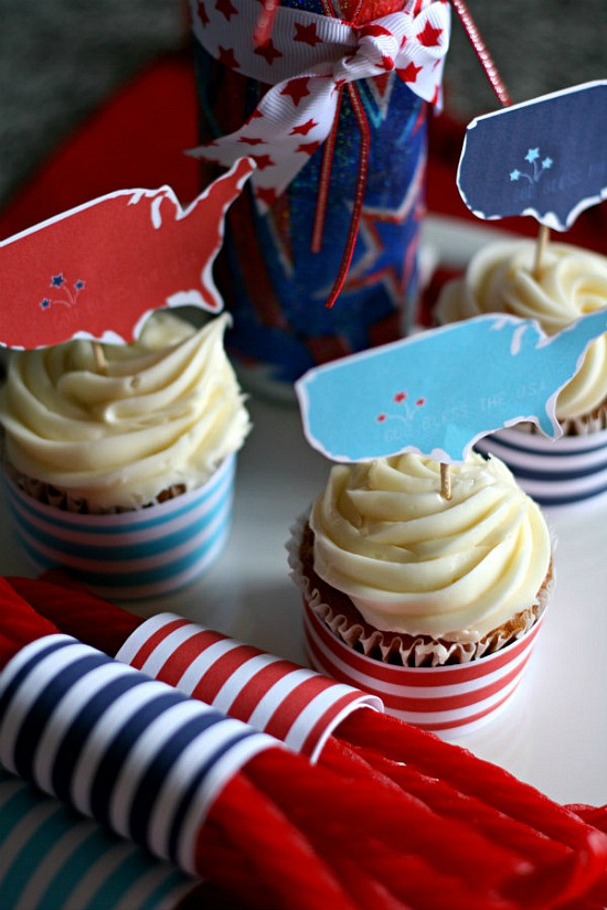 red-white-blue-printable-cupcake-topper