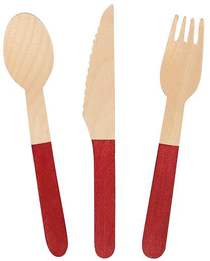 wooden-utensils-for-picnic