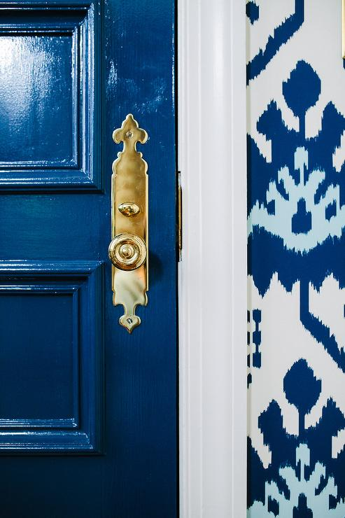 glossy-blue-door-brass-handle-quadrille-kazak-wallpaper