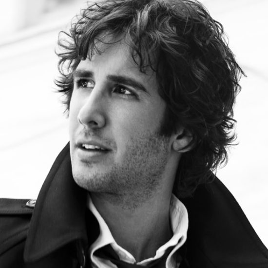 josh-groban-black-white