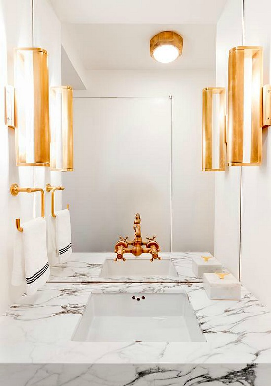 white-bathroom-brass-fixtures-marble-washstand