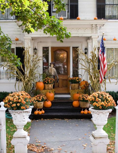 mums-fall-porch