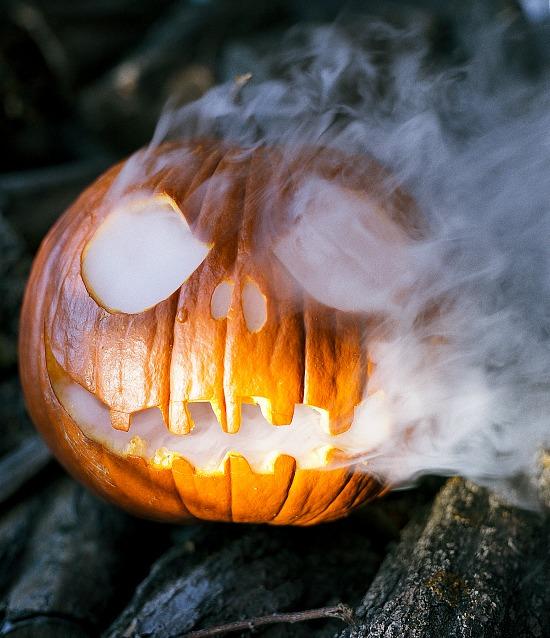 dry-ice-jack-o-lantern