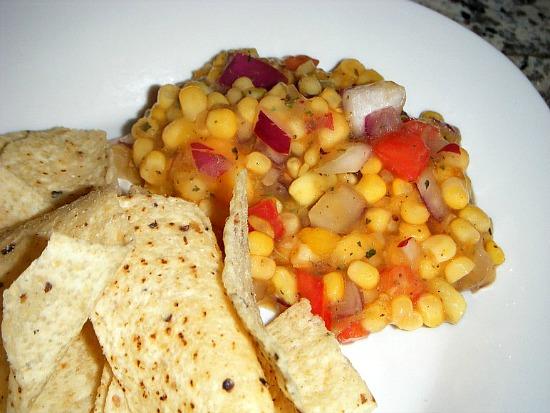 mango-tango-salsa-chips