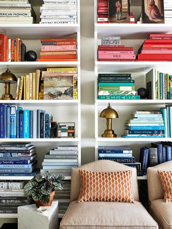 Melissa-Colgan-Color-Coded-Bookcase-domino