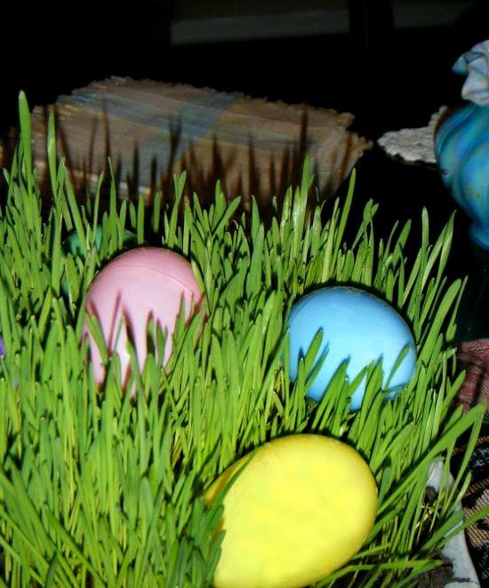 Easter-grass-centerpiece