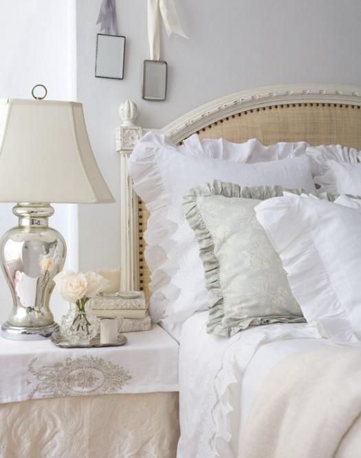 white-cotton-linens