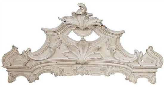 decorative wooden cornice