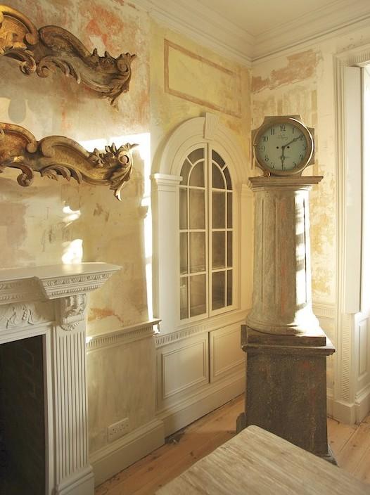 decorative pelmet pediment