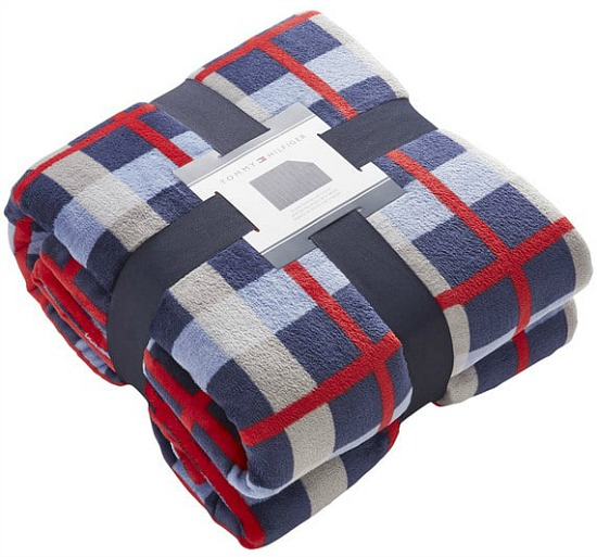 Tommy-Hilfiger-Multicolored-Plush-Printed-Throw