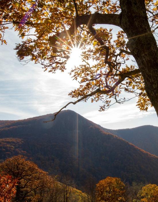 fall-sun-over-mountains