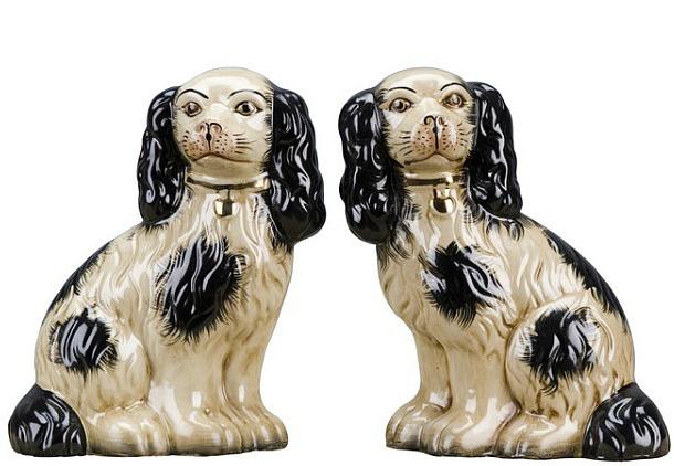 Staffordshire Reproduction Dog 2-Piece Set