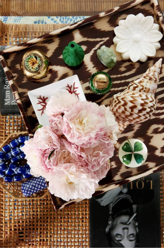 coffee-table-accessories-Domino-photography-by-Amy-Neunsinger