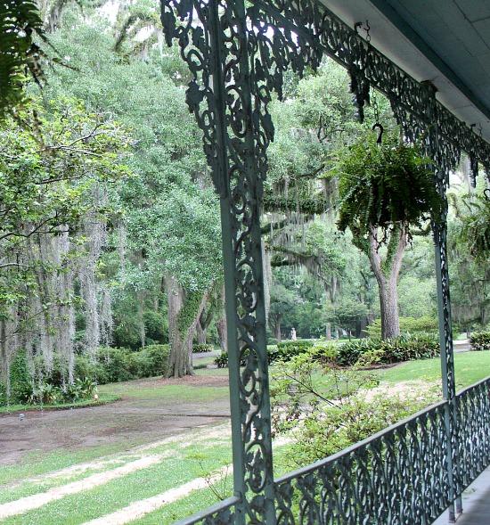 Myrtles-Plantation-ornamental-iron