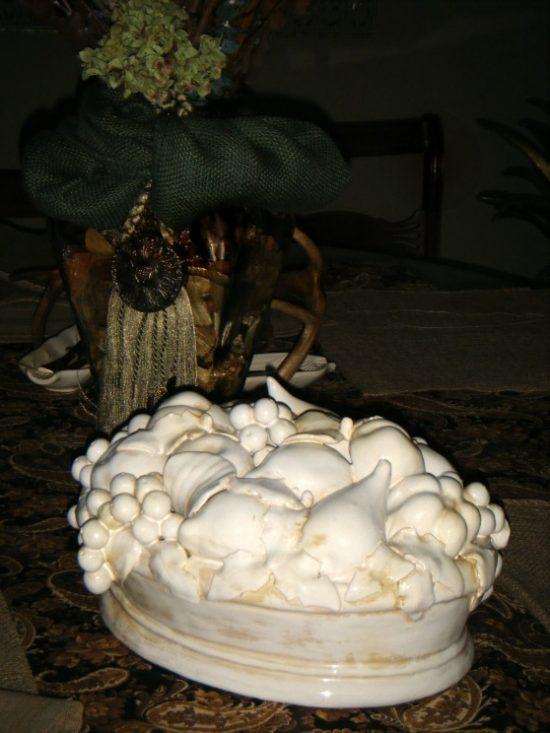 porcelain fruit bowl