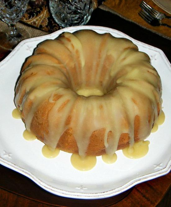 pumpkin-spice-Bundt-cake-crown-royal-caramel-icing