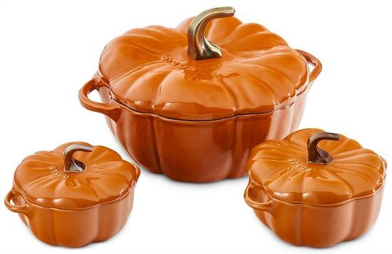 staub-ceramic-stoneware-pumpkin-cocotte-o