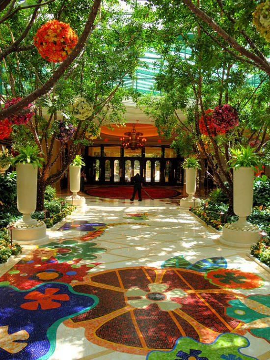 576px-DSC32219,_The_Wynn_Hotel,_Las_Vegas,_Nevada,_USA_(5364936159)