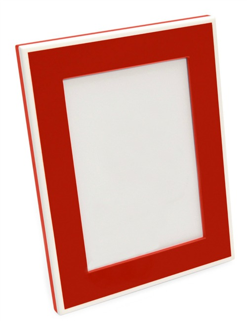 red lacquer frame