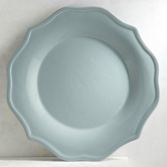 blue-dinner-plate