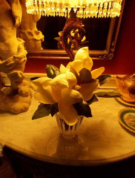 magnolias-in-vase