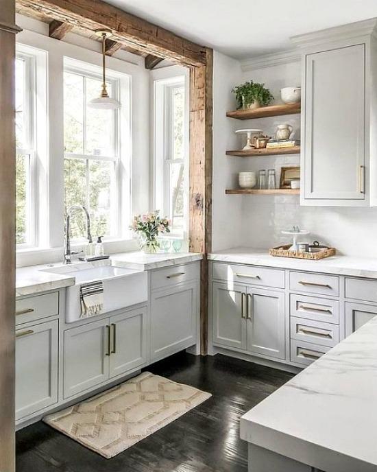 farmhouse-kitchen-beam