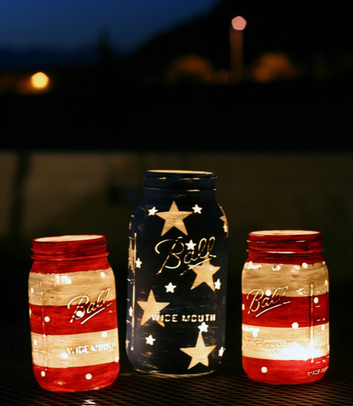 fourth-of-july-mason-jars-flag
